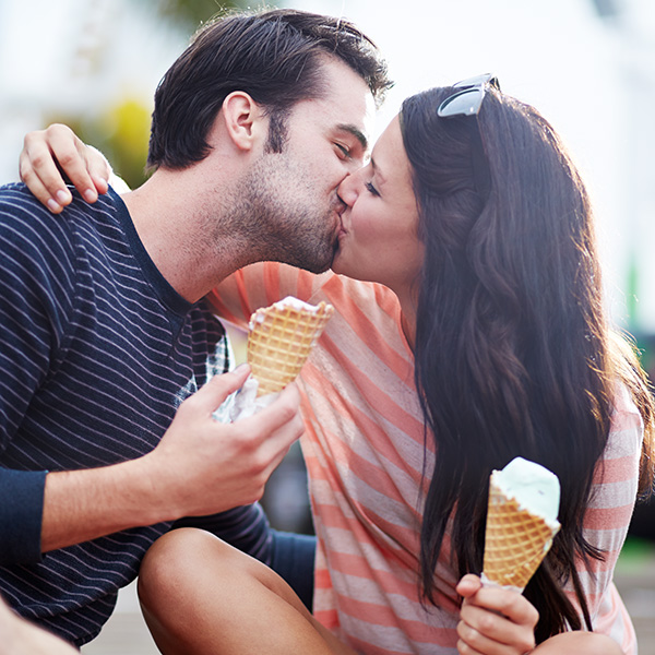 50 dating do's and don'ts Ballerup