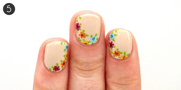 Easy floral nail art to try this summer more floral nails step 5 prinsesfo Images
