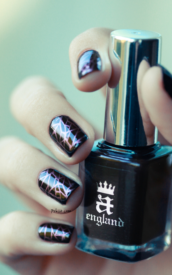shatter polishes 23 metallic nail polish designs we want to wear this holiday