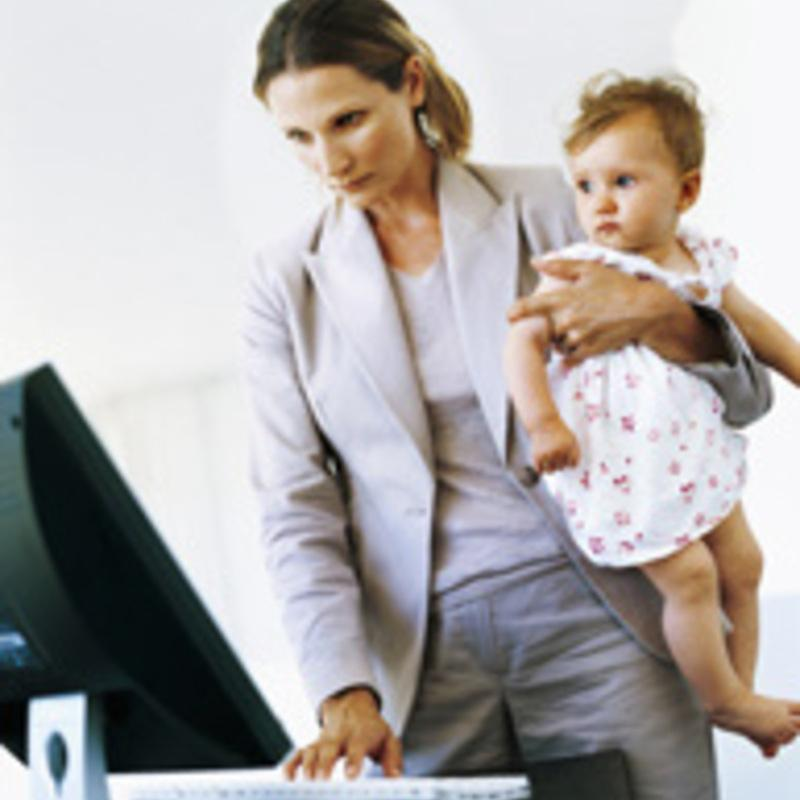 mother should stay at home or work essay Moms debate: to stay home or work by abc news march about the way they mother, and being home and not being woman makes no apologies in essay:.