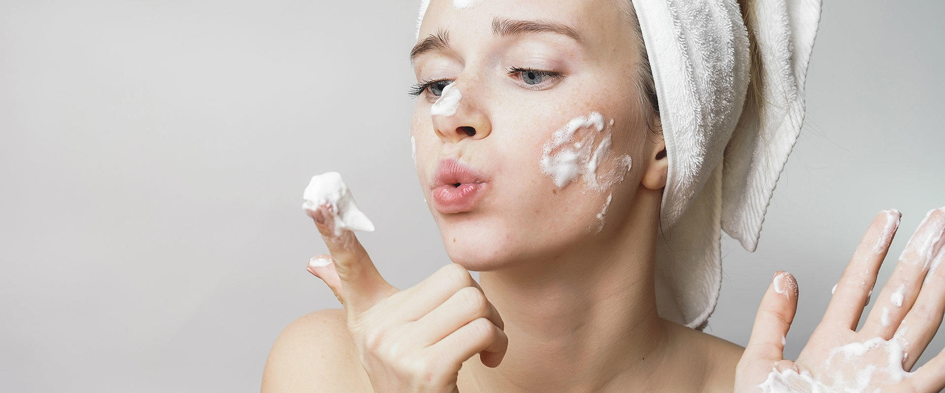 8 Home Remedies For Acne That Will Absolutely Save Your Skin