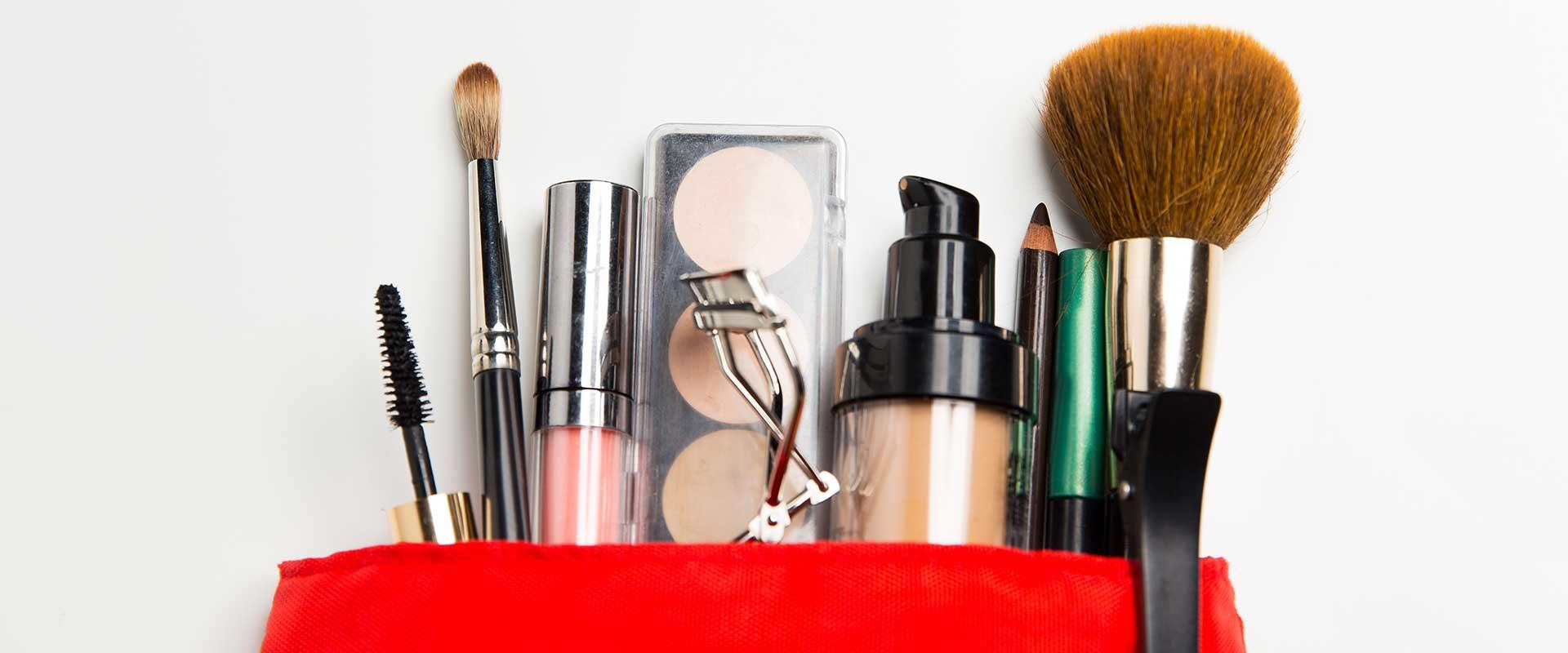 10 Essential Makeup Must-Haves