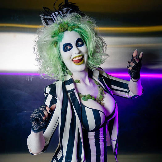 15 of the Best Halloween Costumes Inspired by Tim Burton | more.com