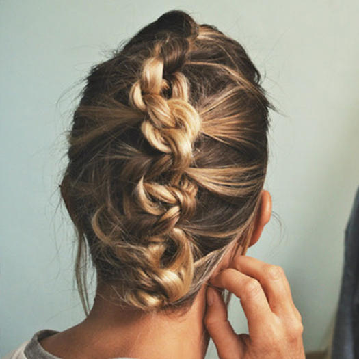 Our favorite prom hairstyles for medium length hair more prom hairstyles urmus Images