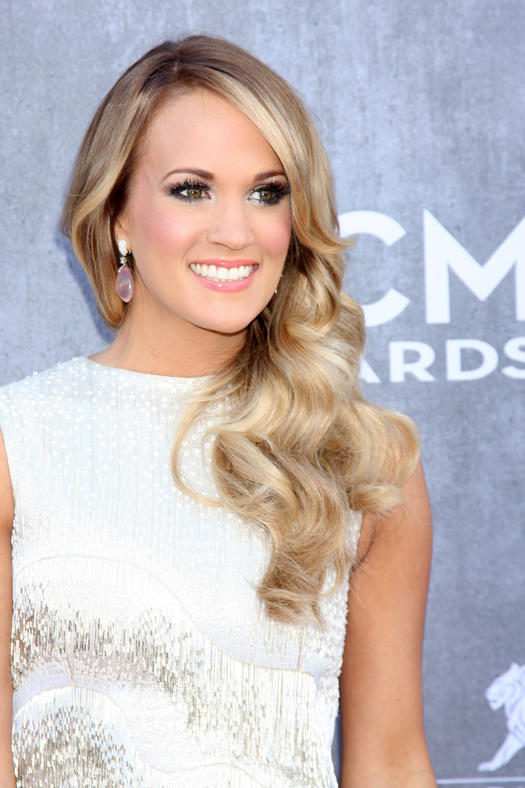 15 Carrie Underwood Hairstyles That Blow Us Away More Com