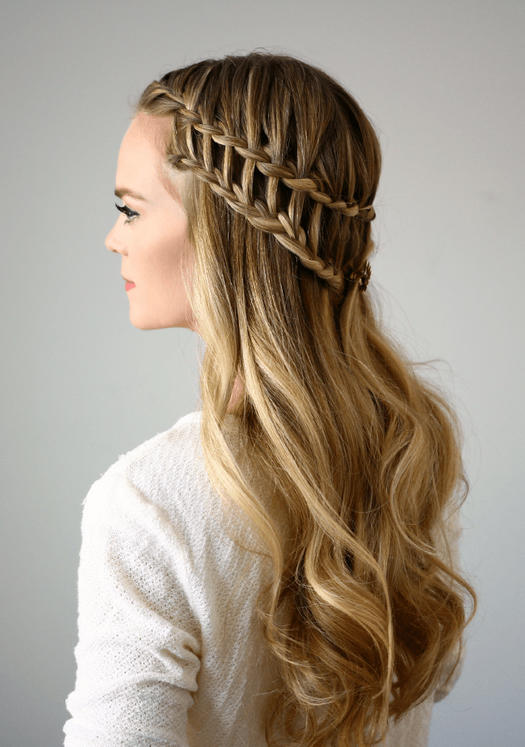 36 curly prom hairstyles that will make heads turn morecom