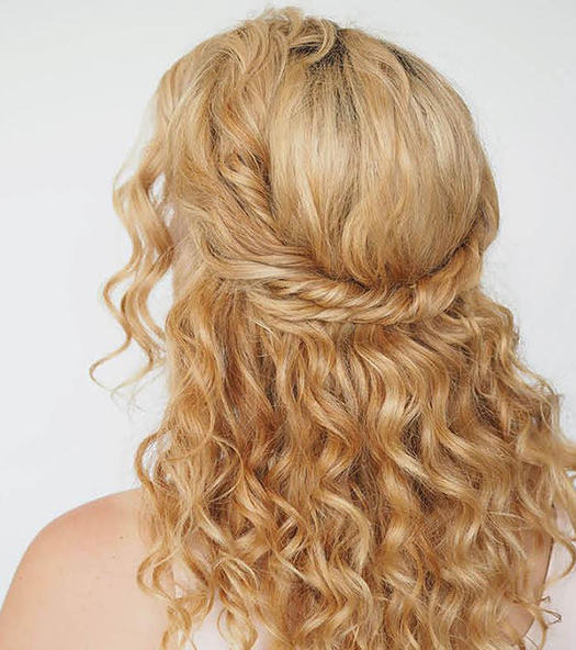 36 Curly Prom Hairstyles That Will Make Heads Turn | more.com