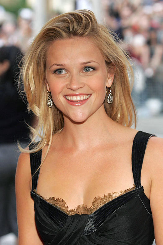 16 Must-Mimic Reese Witherspoon Hairstyles | more.com