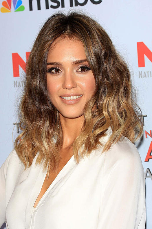 Jessica Alba Hairstyles to Steal | more.com