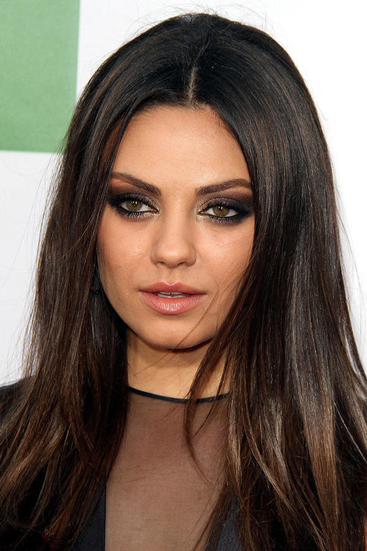 Hot hairstyles that flatter round faces more sleek middle part urmus Image collections