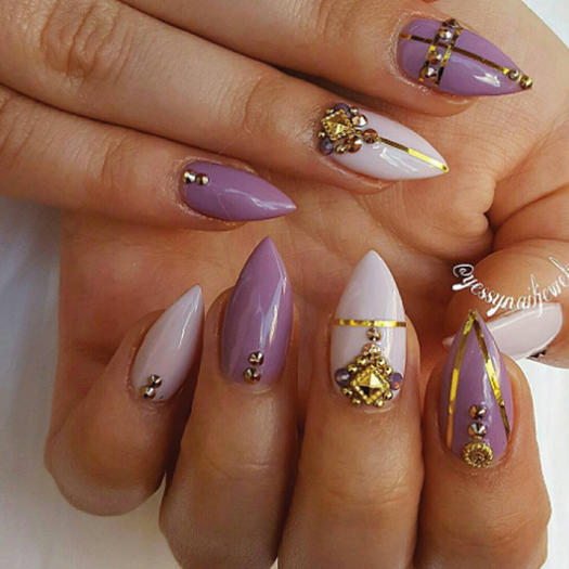 If you love acrylic nails these instagram accounts will give you yessynailjewels prinsesfo Image collections