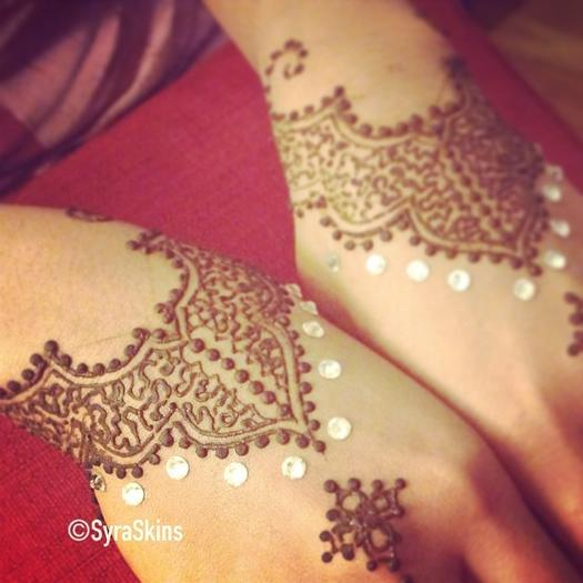 Top 10 Henna Wrist Cuff Designs To Try: 16 Henna Tattoos You'll Want This Summer
