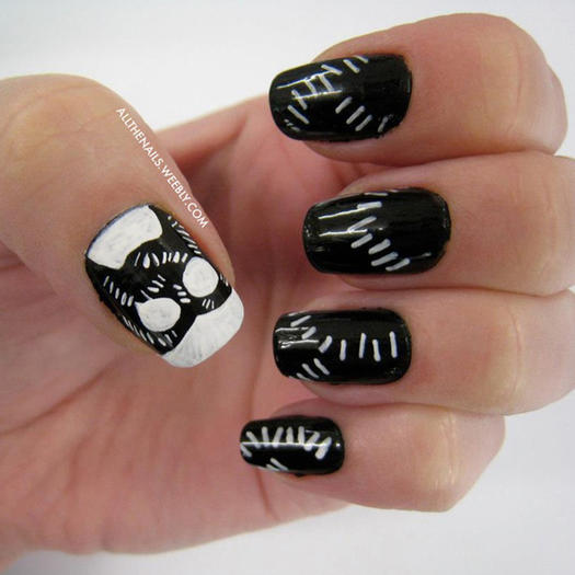 27 powerful nail designs for any comic nerd more catwoman prinsesfo Image collections