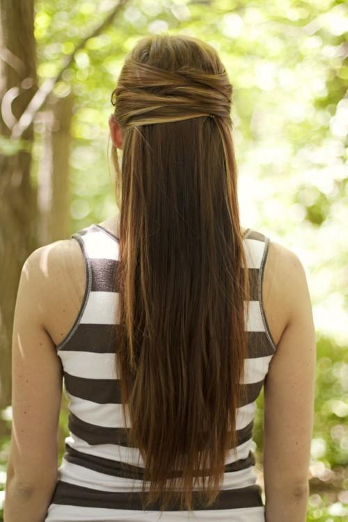 Peachy Easy Half Up Half Down Hairstyles To Rock For Any Occasion More Com Hairstyles For Women Draintrainus