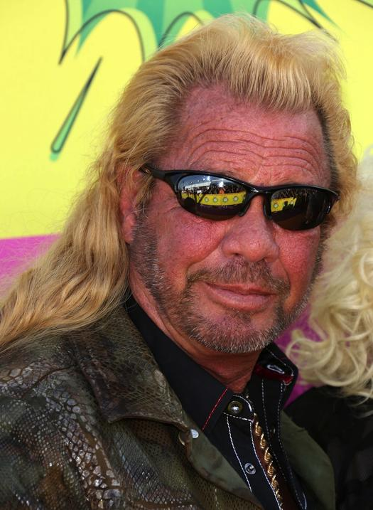 28 killer hollywood stars charged with murder or attempted for Duane chapman dog the bounty hunter