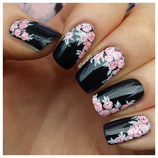 black nails - 22 Bold Black Nail Designs More.com