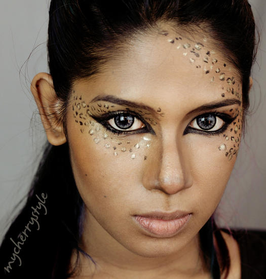 gold leopard print - Cat Eyes Makeup For Halloween