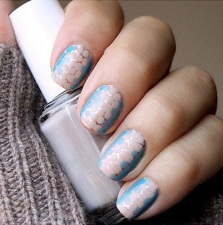 Honeycomb Nail Art - All That Glitters: Gold Nail Designs We Love More.com