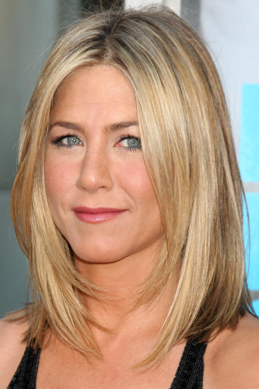 10 celeb inspired medium haircuts that work for straight hair jennifer aniston urmus Image collections