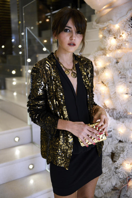 What to Wear to a Christmas Party: 13 Festive Ideas