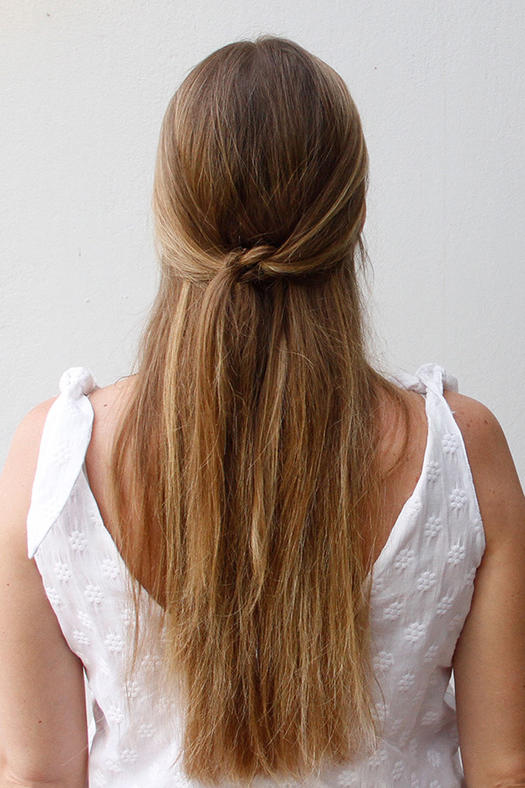 Fine Easy Half Up Half Down Hairstyles To Rock For Any Occasion More Com Short Hairstyles Gunalazisus