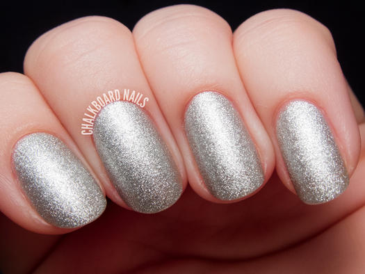 Sleek and chic silver nail designs more glittery silver polish prinsesfo Gallery