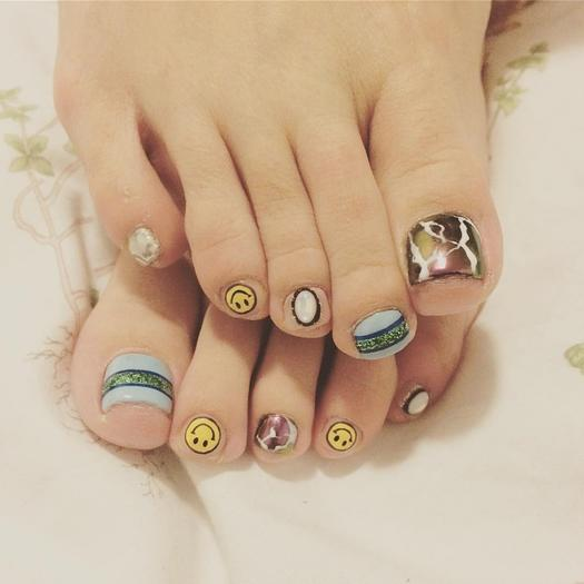 16 toenail art designs that toe tally nail it more filed smiles prinsesfo Gallery