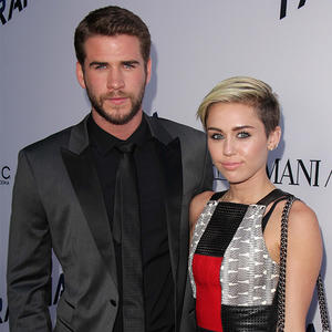 Miley Cyrus Engaged Again? Diamond Ring from Liam Hemsworth is Back On