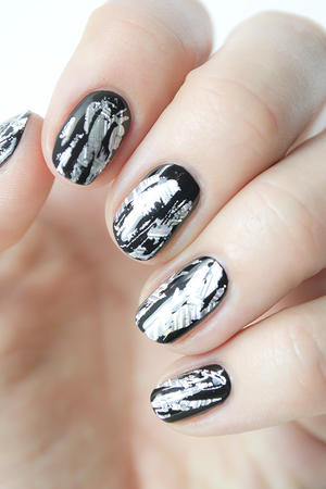 Rock These Stunning Silver Foil Nails for New Year's Eve