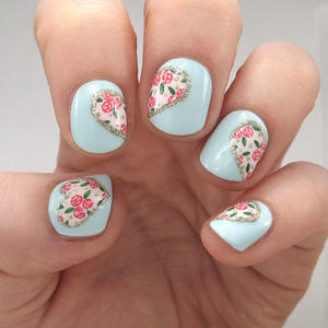 Hearts and Flowers: The Perfect Valentine's Day Nail Art
