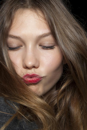 How to Get Kiss-Proof Lipstick