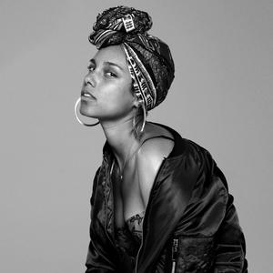Alicia Keys' #NoMakeup Photos are the Most Empowering Thing You'll See All Day