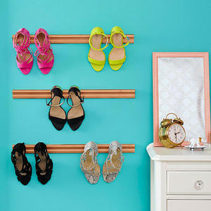 DIY Shoe Holder: Display Your Favorite Footwear!