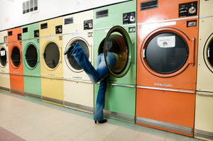 Beyond Laundry: Alternate Uses for Dryer Sheets