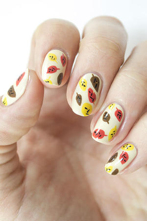 Fabulous Fall Nails: Adorable Abstract Leaf Design
