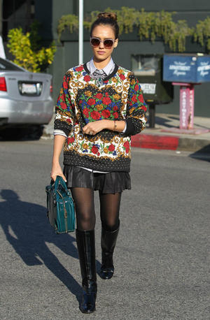 Get the Look: Jessica Alba's Statement Street Style