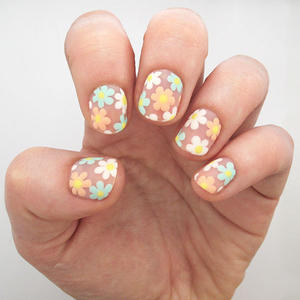 Nail art more negative space flower nail art tutorial prinsesfo Image collections
