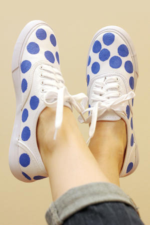 DIY Polka Dot Sneakers