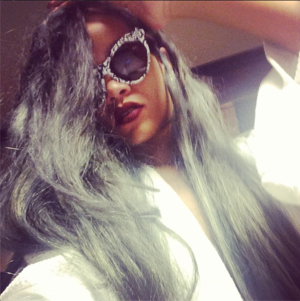 Rihanna Dyes Her Hair Gray!