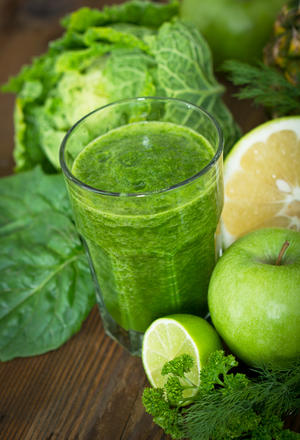 Easy Natural and Beautifying Beverages You Can Make At Home