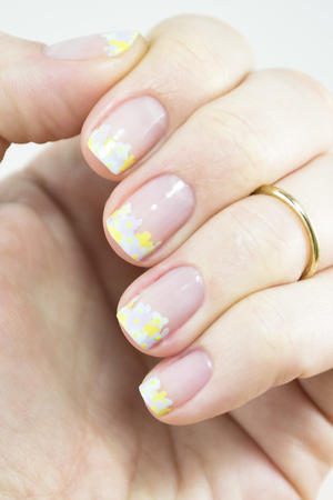 Spring Bouquet: Fresh Floral Nail Art for Your Tips