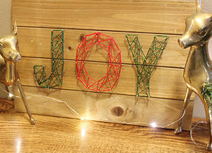 String DIY Wall Art That's Perfect for Decking Your Halls