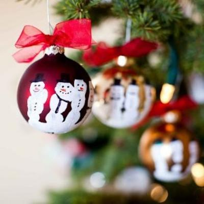 Easy homemade christmas ornaments for Christmas decorations to make for kids at home