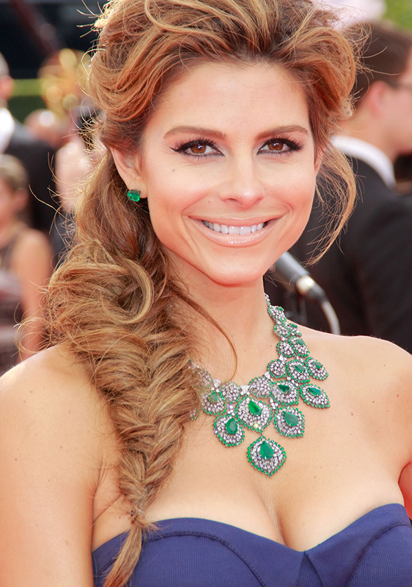 Pleasant Holiday Hairstyle Maria Menounos Tousled Fishtail Braid More Com Hairstyle Inspiration Daily Dogsangcom