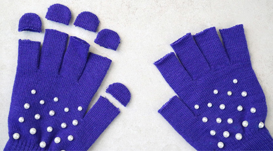 Cutting off Fingertips of Gloves