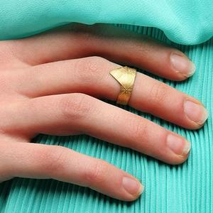 Midi Rings to Add to Your Ring Stack