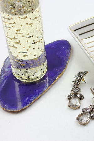 Make Your Own: Gilded Agate Coasters