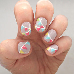 Bunting: The Easy Nail Design of the Summer