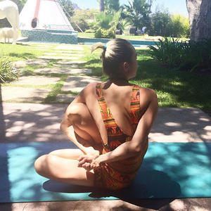20 Stars Who Stay Fit with Yoga