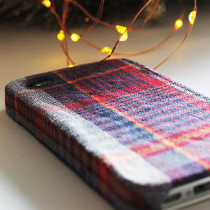 Make it Yourself: Plaid DIY iPhone Case